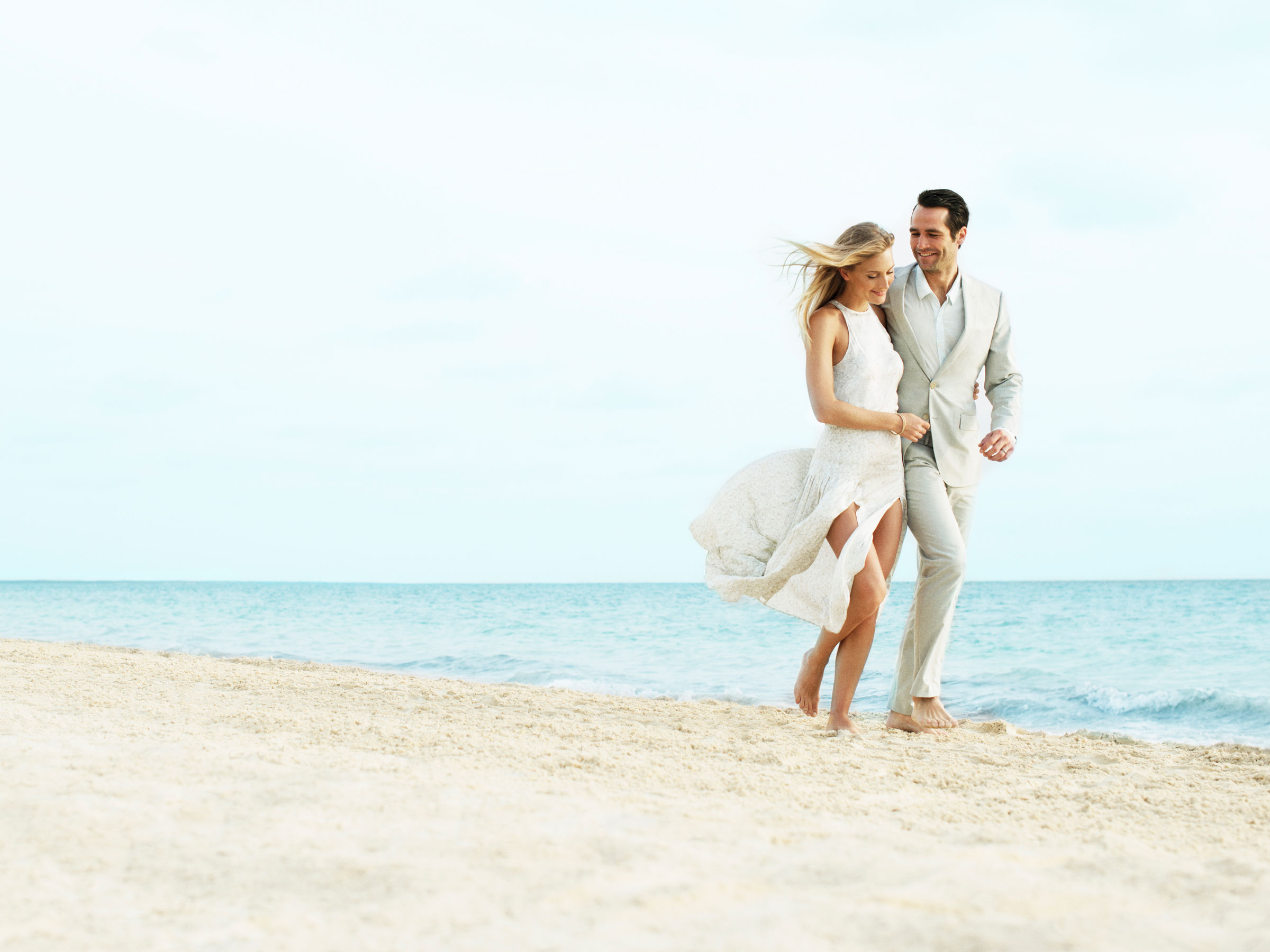 Live Romance At  Beloved Playa Mujeres