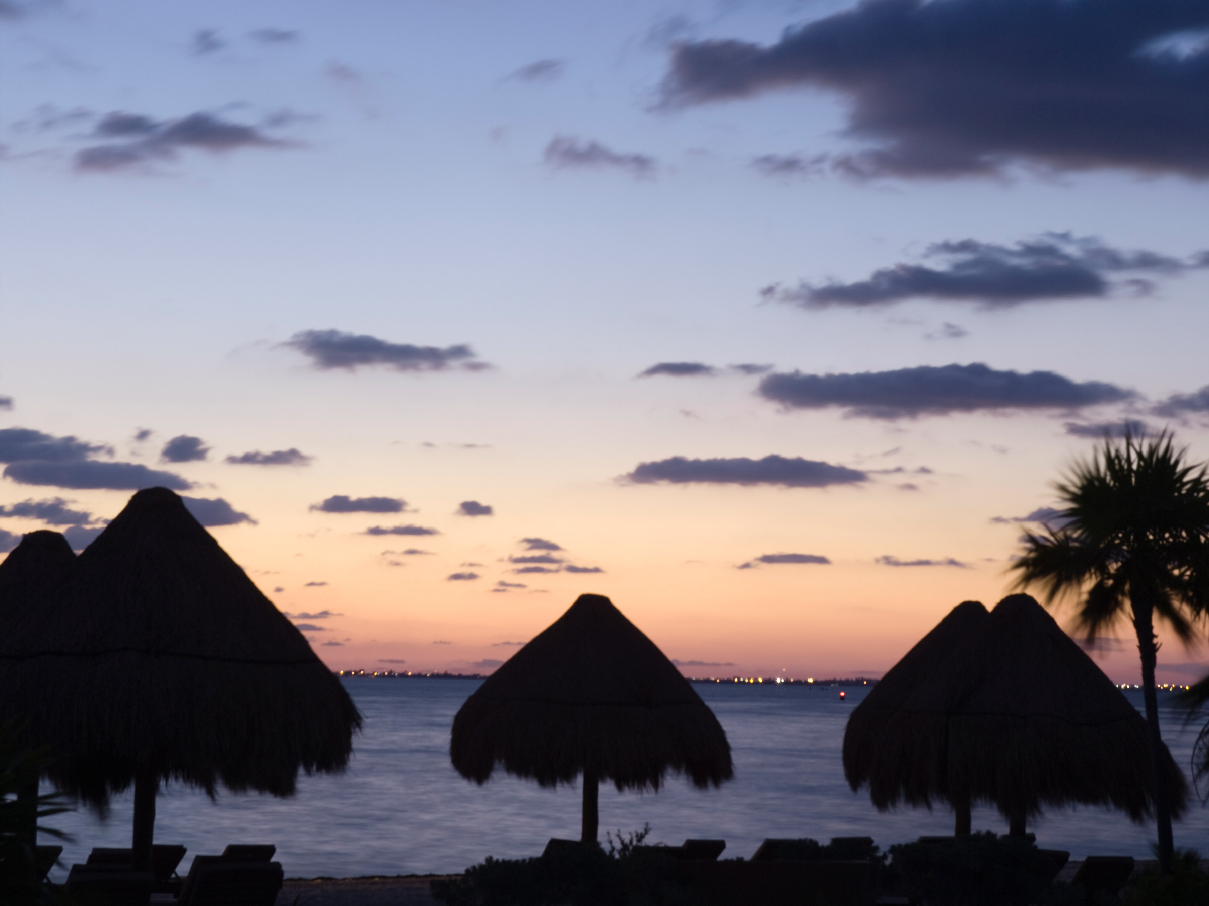 Things to do Playa Mujeres Night at The Mexican Caribbean